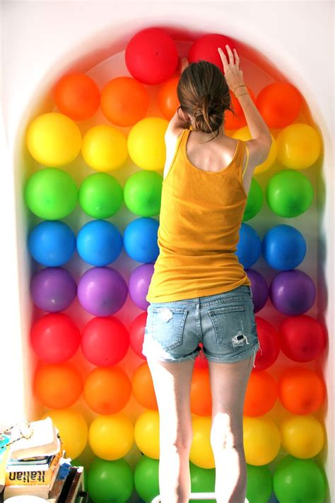 Easy Last Minute Decor Balloon Ceiling by 514 Best Balloons Images On Balloons Globes
