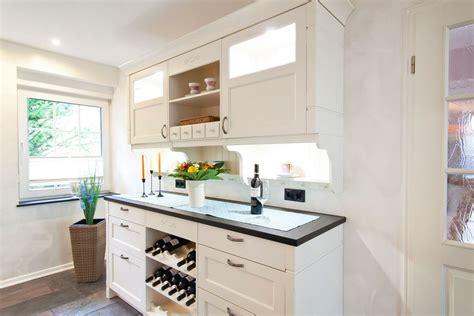 moderne kuchen design modern designs k 252 chen weiss landhausstil modern teetoz