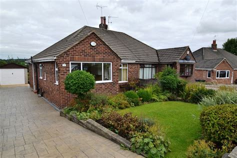 detached bungalow 2 bedroom semi detached bungalow bungalow for sale in 24