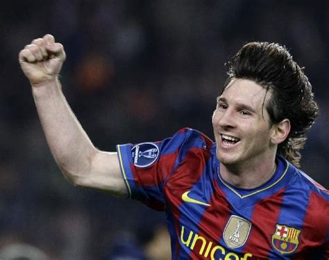 messi biography in arabic unstoppale messi leads barcelona over arsenal people s