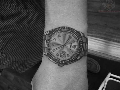 29 awesome clock wrist tattoos