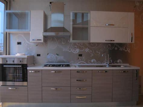 piastrelle adesive e prezzi rivestimenti adesivi cucina per designs piastrelle adesive