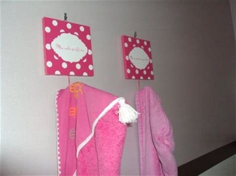 porte manteau chambre fille porte manteau chambre fille chambre enfant disney pied du