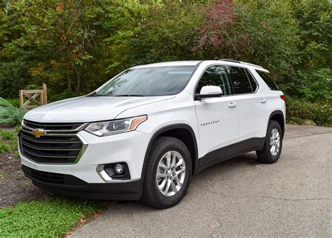 bid reviews 2018 chevrolet traverse review ready to play with the big