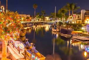 naples canals decorated with christmas lights long beach