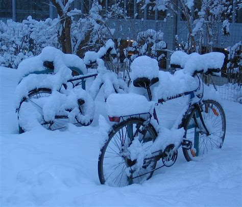 photos of snow file bicycles snow graz 2005 original jpg wikimedia commons