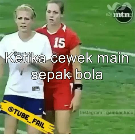 ezy matin  ketika ek main sepak bola fail instagram