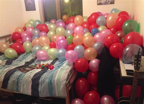 how many balloons to fill a room these guys pranked their roommate by filling his room with balloons and his reaction is adorable