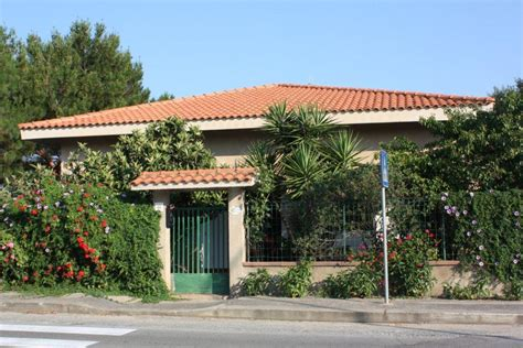 bed and breakfast porto pino bed breakfast sabbie bianche is pillonis porto pino