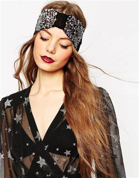 mettre et porter le bandeau style turban dans les cheveux