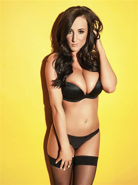 stacey poole n yo face stacey and her chest