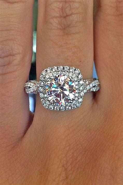 9 Beautiful Wedding Bands by Meet The Most Popular Engagement Ring On