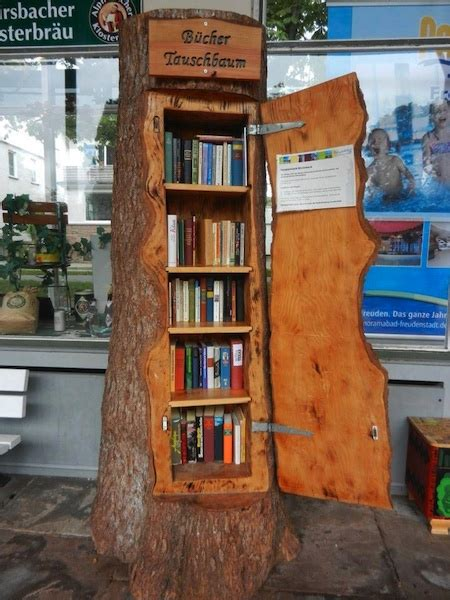 Tree Trunk Shelf by Repurposing Tree Trunks Or Stumps Green Living