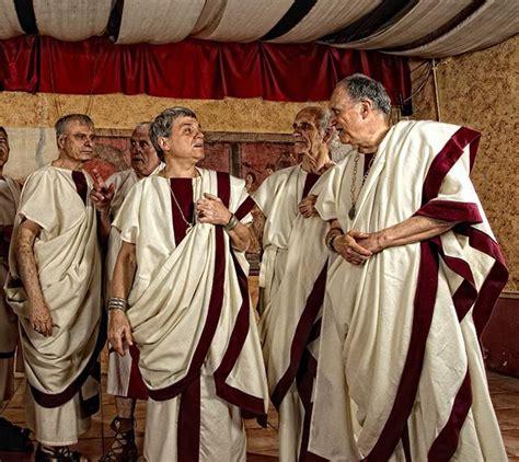 consoli diversi il costume e la moda gli antichi romani e i loro abiti