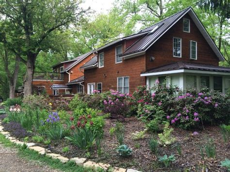A Place Union Pier Goldberry Woods Bed Breakfast Cottages Union Pier Michigan Updated 2016 B B Reviews