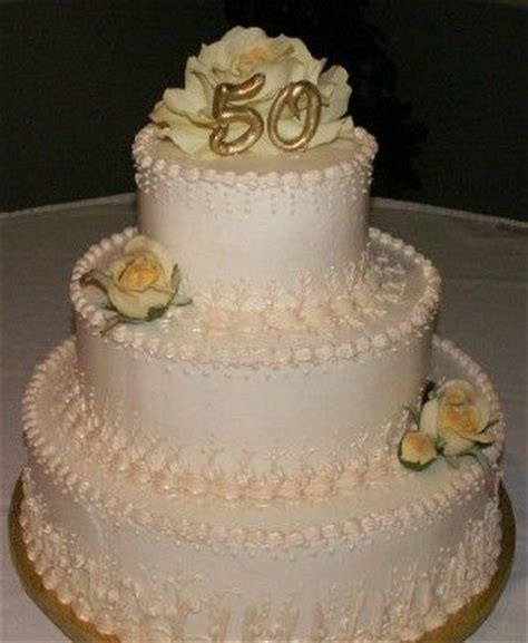 32 best images about Anniversary Cakes on Pinterest