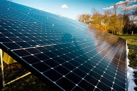 how much is solar does temperature affect how much solar energy a panel receives
