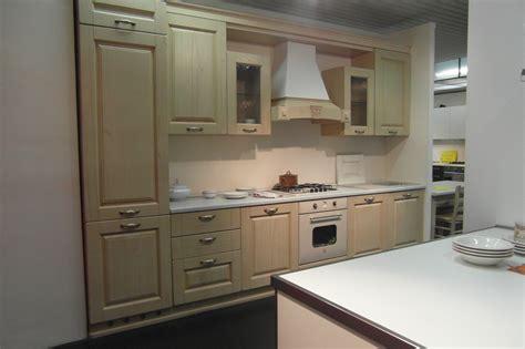 meraviglioso Cucina Bianca E Rovere #2: cucina-classica-rovere-decapato-beige_O1.jpg