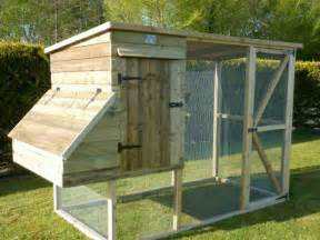 tips on how to build your own chicken coop from upcycled