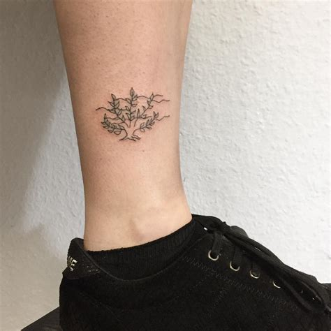 tattoo ankle 115 best ankle bracelet designs meanings 2019