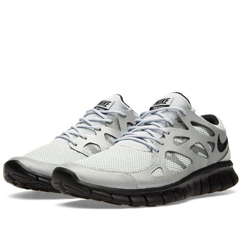 nike free run shoes price 62 nike wmns free run 2 537732 009 metallic silver