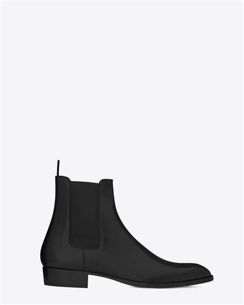 ysl chelsea boots laurent classic wyatt 30 chelsea boot in black