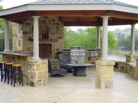 covered outdoor kitchen cost 51 best images about outdoor kitchen on pinterest
