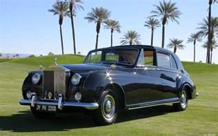 Rolls Royce V Rolls Royce Phantom V