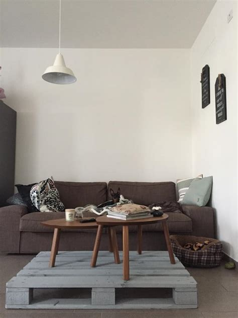 lavoro libreria pallet libreia fai da te decorare una parete con bancale