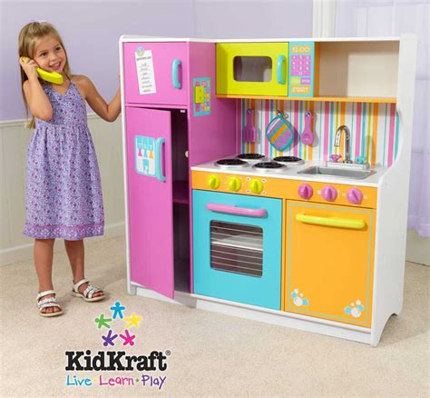 Kidkraft Deluxe Big And Bright Kitchen Kidkraft 53100 At Kidkraft Deluxe Big Bright Kitchen 53100