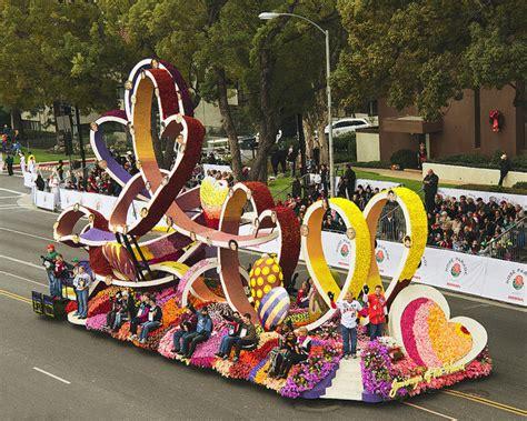 new year parade history donate float parade 187 experience the history