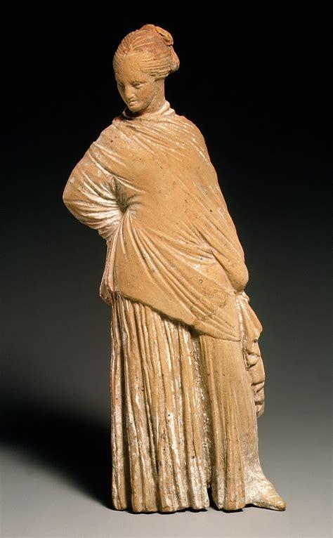ancient greek woman sculpture ancient greek statues women www pixshark com images
