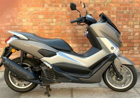 yamaha nmax  abs  owner   miles
