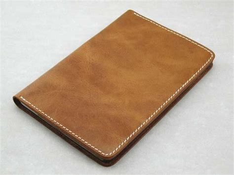 Handcrafted Leather Wallet - the handmade leather wallet mini gadgetsin