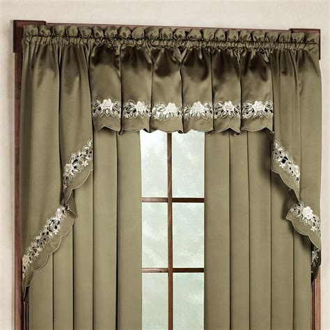 Tailored Valance Valencia Tailored Valance 55 X 14 Touch Of Class