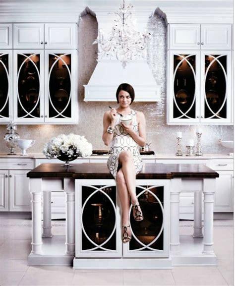 mirrored tiles backsplash kitchen white kim kardashian http media cache ak0 pinimg com originals a6 c8 46
