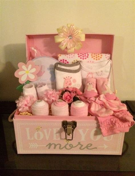 Baskets For Baby Shower by 17 Best Ideas About Basket On Baby