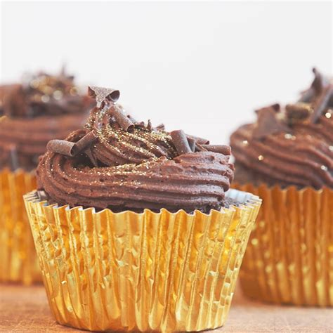 Chocolate Cupcake Decorations by Cupcake Decorating Ideas And Home