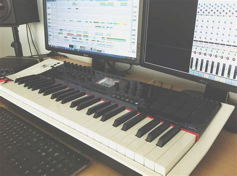 Keyboard Output Output Favorites Keyboard Controllers Output