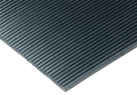 comfort eagle vinyl floor runners roll goods add traction comfort eagle mat