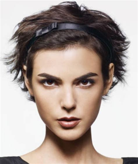 short haircuts styed with barrettes hair accessories for short hair women hairstyles