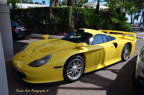 yellow porsche twilight light yellow porsche 911 gt1 strassenversion spotted in
