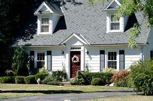 what is cape cod style how to properly heat a cape cod style home on cape cod richie s insulation