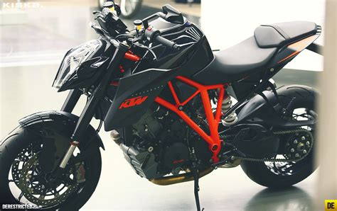 Black Ktm Black Ktm 1290 Duke R By Kiska Courtesy Autoevolution