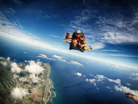 parachute dive 13 best skydiving spots in the world tripzmate