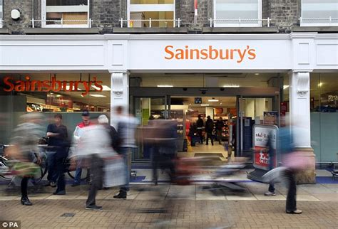 sainsbury s bank offers nectar boost to new credit card