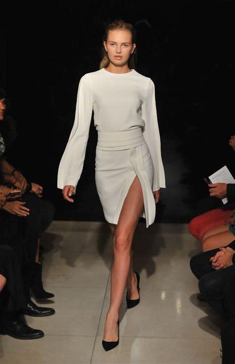 les 25 meilleures id 233 es de la cat 233 gorie blouses blanches sur style simple et
