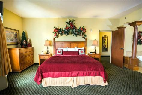 2 bedroom hotel suites in pigeon forge tn suites in pigeon forge tn with 2 bedrooms 28 images 2