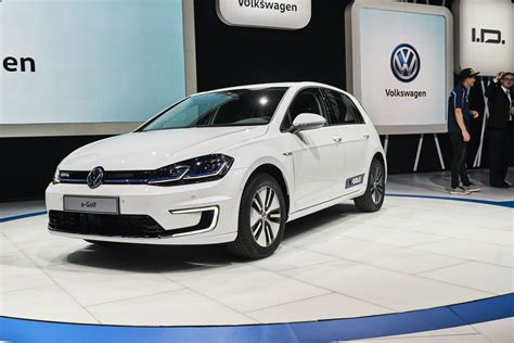 Golf Auto Vw by 2017 Volkswagen E Golf Live Debut From The Los Angeles