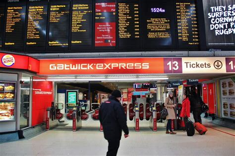 aeropuerto de gatwick salidas gatwick express londres viajar a inglaterra y escocia
